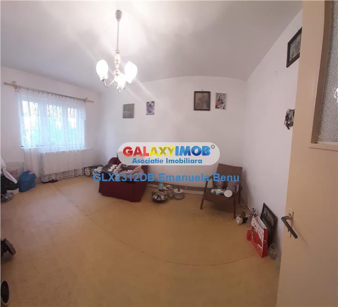 Apartament 2 camere -decomandat- M 4