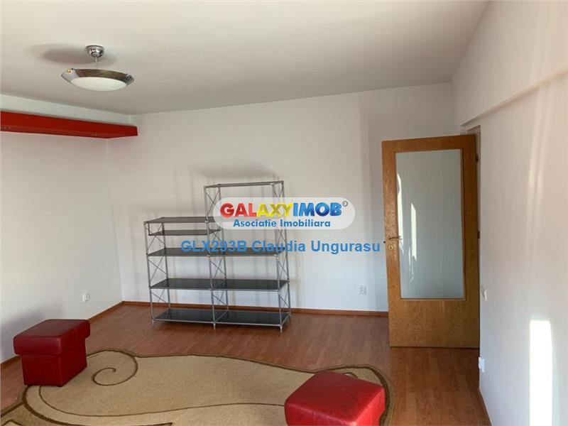 Apartament 2 camere, decomandat, stradal - Calea Calarasilor