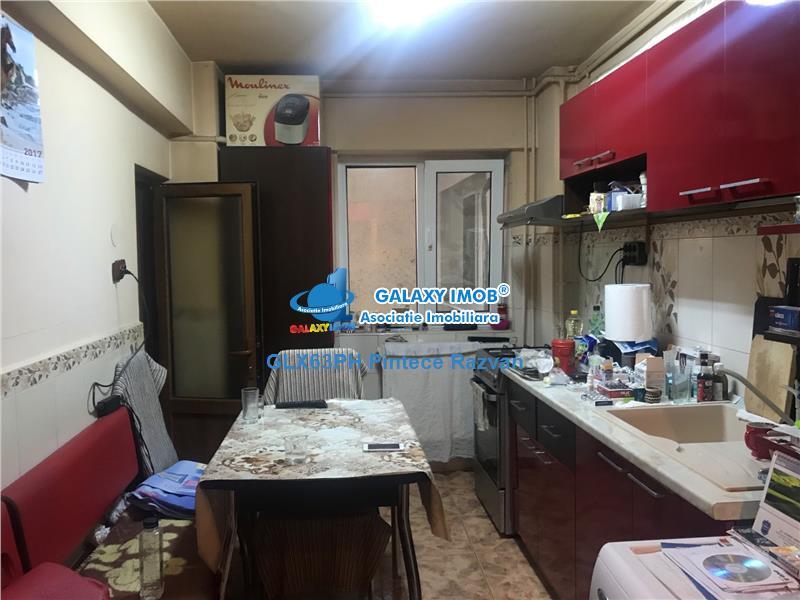 Apartament 2 camere, decomandat, zona Bd. Bucuresti, Ploiesti