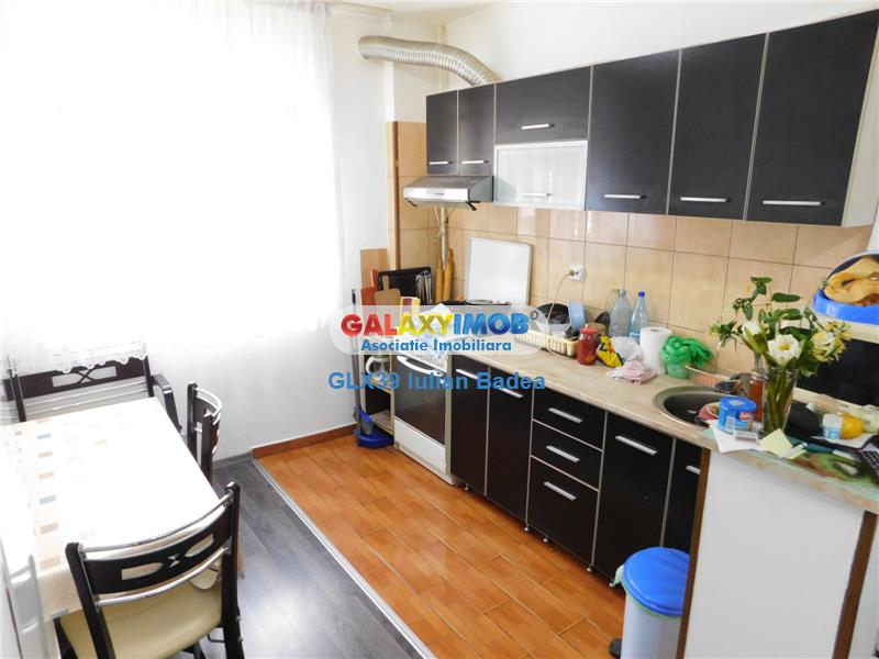 Apartament 2 Camere - Etaj 6/8 - bloc 1983 - Metrou Dristor