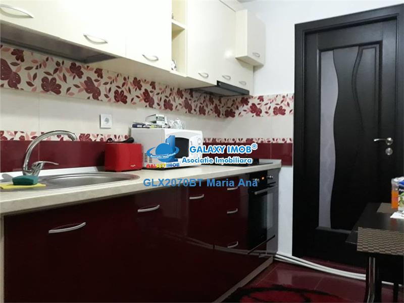 Apartament 2 camere,parter cu balcon, mobilat si utilat la cheie !
