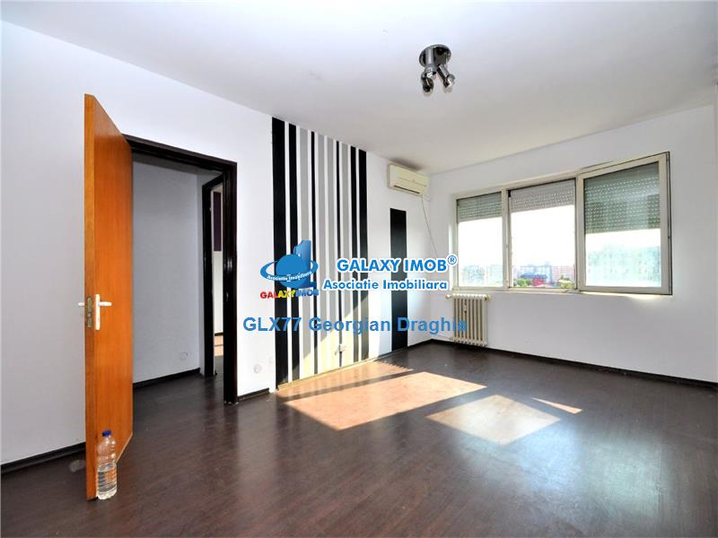 Apartament 3 camere bloc anvelopat Titan Auchan