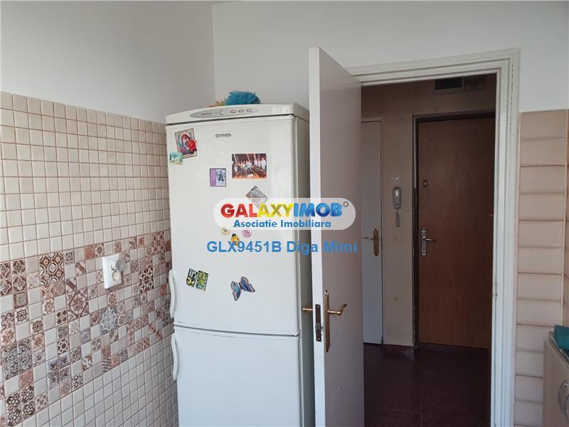 Apartament 3 camere de inchiriat Titan metrou Titan