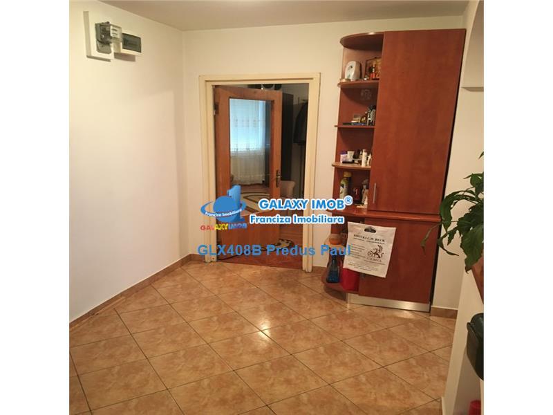 Apartament 3 camere de vanzare Brancoveanu