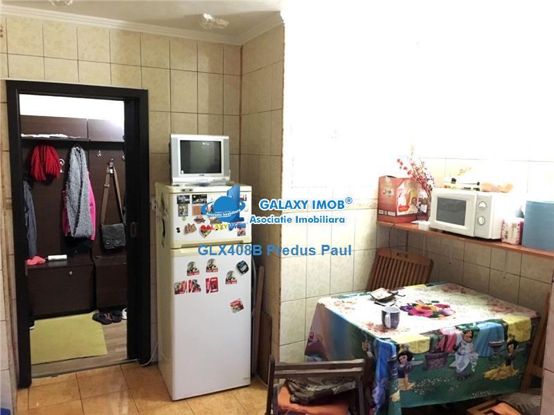Apartament 3 camere de vanzare Rahova - Pecineaga