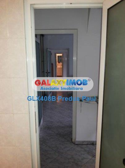Apartament 3 camere de vanzare Tineretului - Metrou