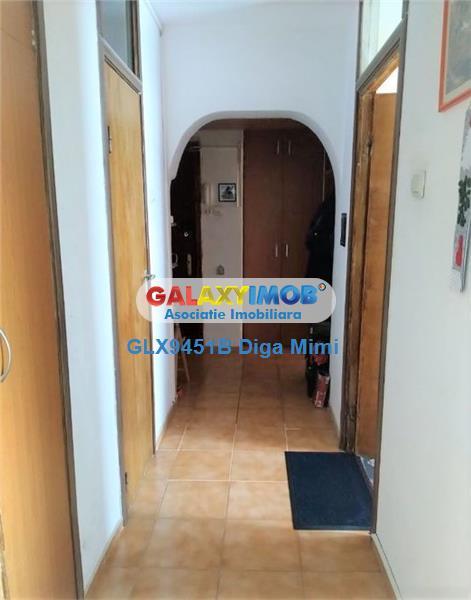 Apartament 3 camere de vanzare Titan zona Basarabiei Arena Nationala