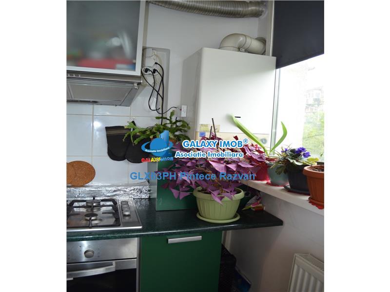Apartament 3 camere, modern, decomandat, stradal Malu Rosu, Ploiesti