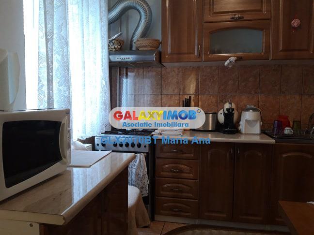 Apartament 3 camere, Primaverii