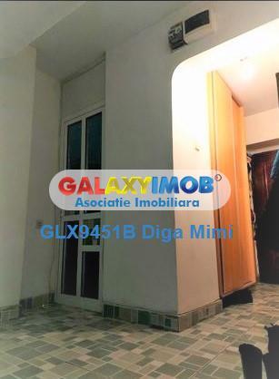 Apartament 4 camere de vanzare Titan Bd Basarabia zona Diham