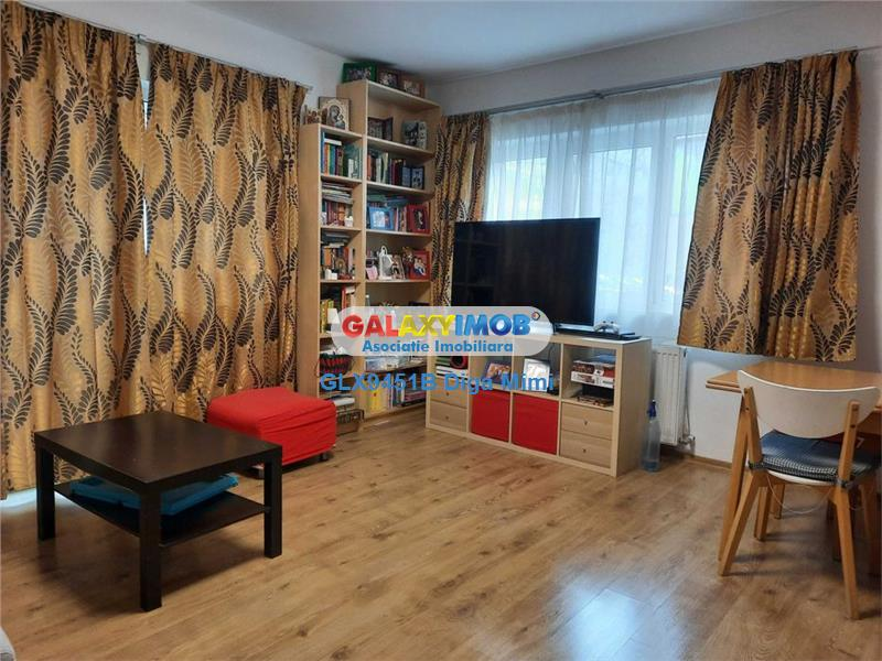 Apartament 4 camere de vanzare Titan zona Piata Ozana