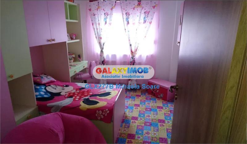 Apartament 4 camere, zona Dristor-Ramnicul Sarat