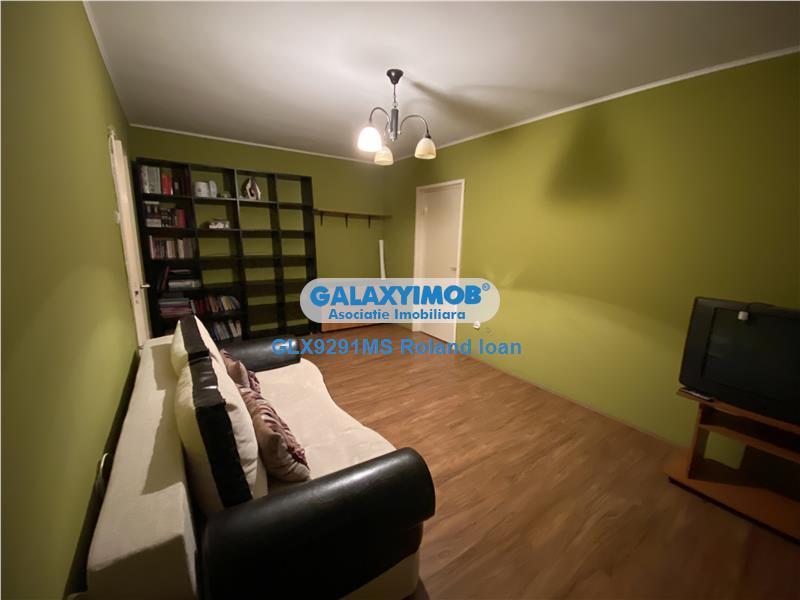 Apartament cu 2 camere de inchiriat, la etaj 7 din 9, in Aleea Carpati