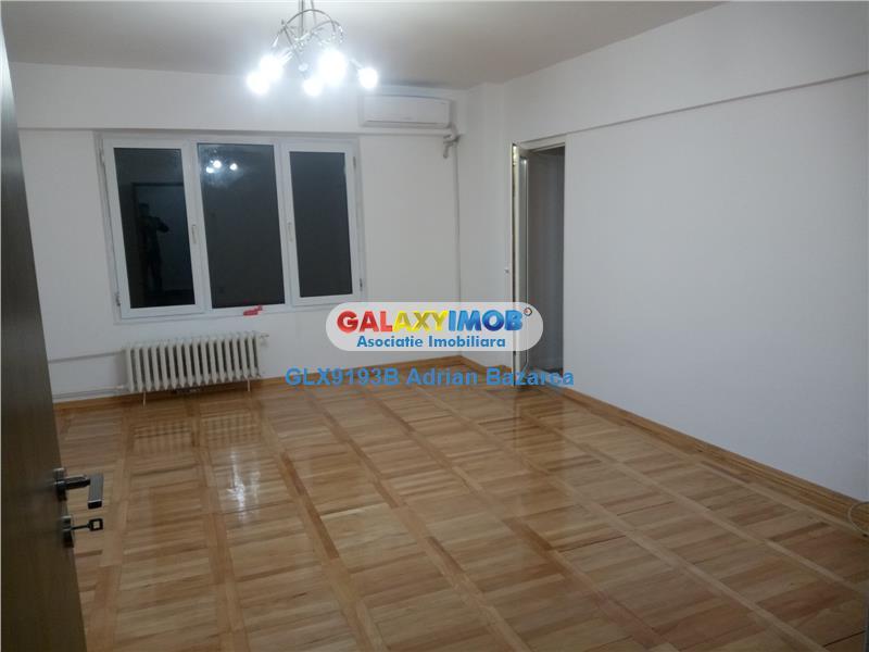 Apartament cu 3 camere,zona Calea Calarasilor-Agricultori