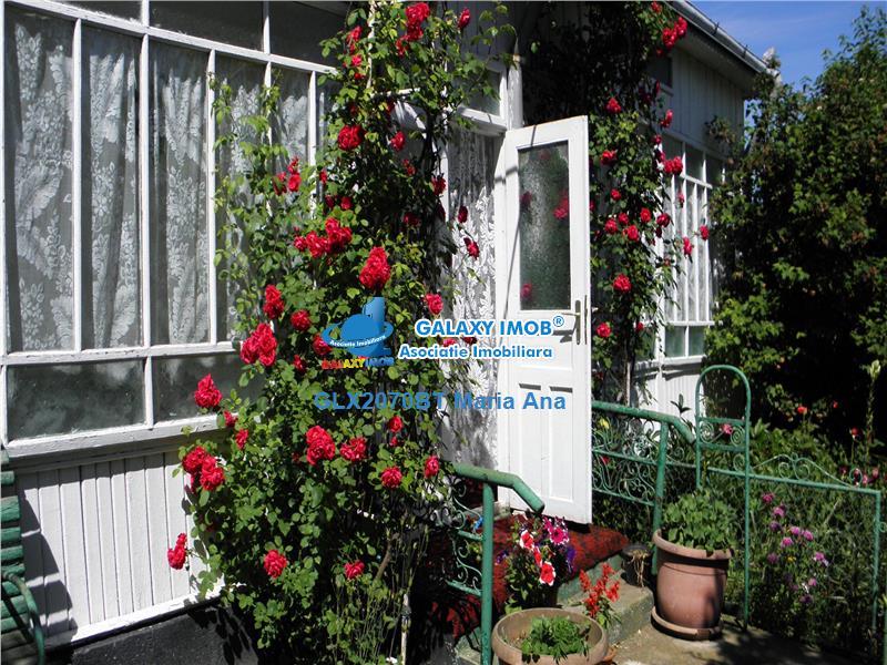 Casa 2007 ,cu teren si livada, Curtesti !!!