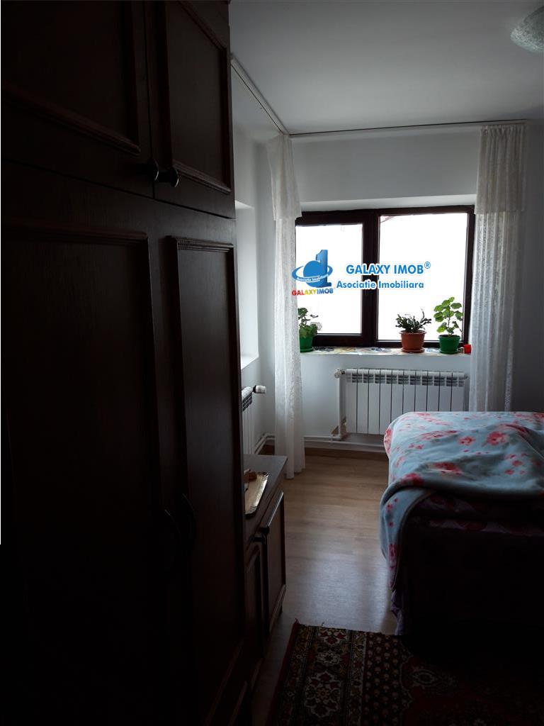 Casa caramida 3 camere refacuta integral in 2018 Piata Rahova Pucheni