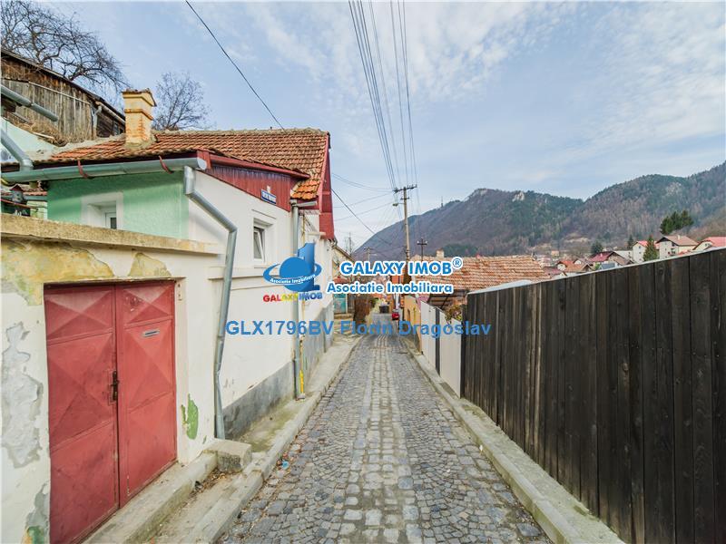 Casa in Schei, singura in curte, cu teren de 816 mp si Vedere Superba