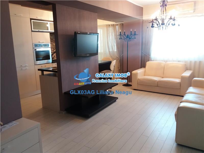 Devanzare/ inchiriere  apartament 3 camere, ultracentral, de lux