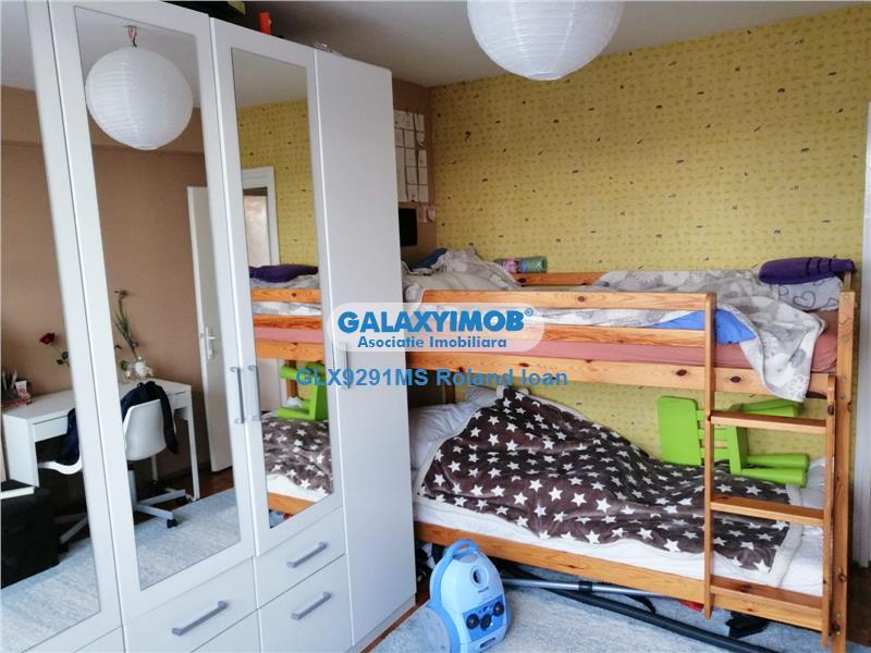 De vanzare apartament cu 2 camere, in zona Cornisa