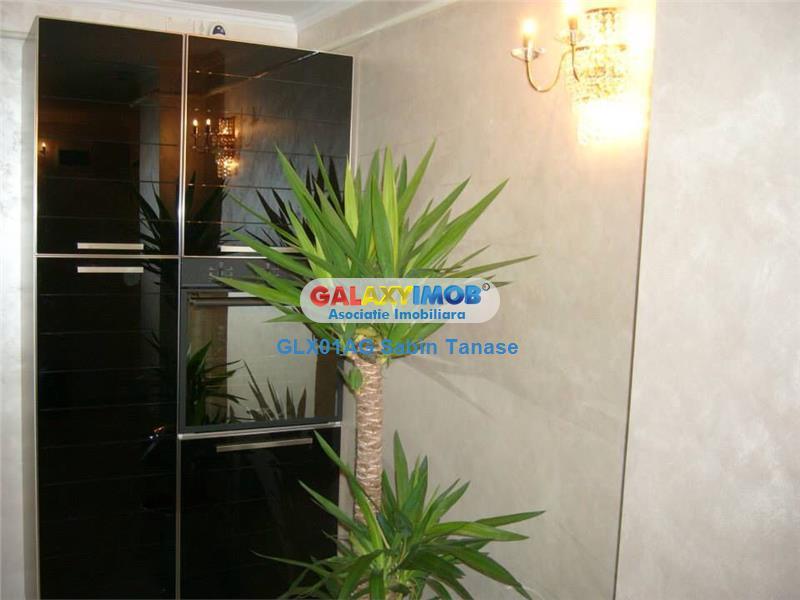 de vanzare apartament UNICAT  DACIA TEILOR  Pitesti 3 cam etaj 1