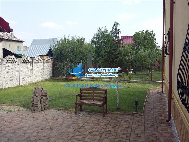 De vanzare proprietate de lux ;2 vile si teren 1900 mp BRADU