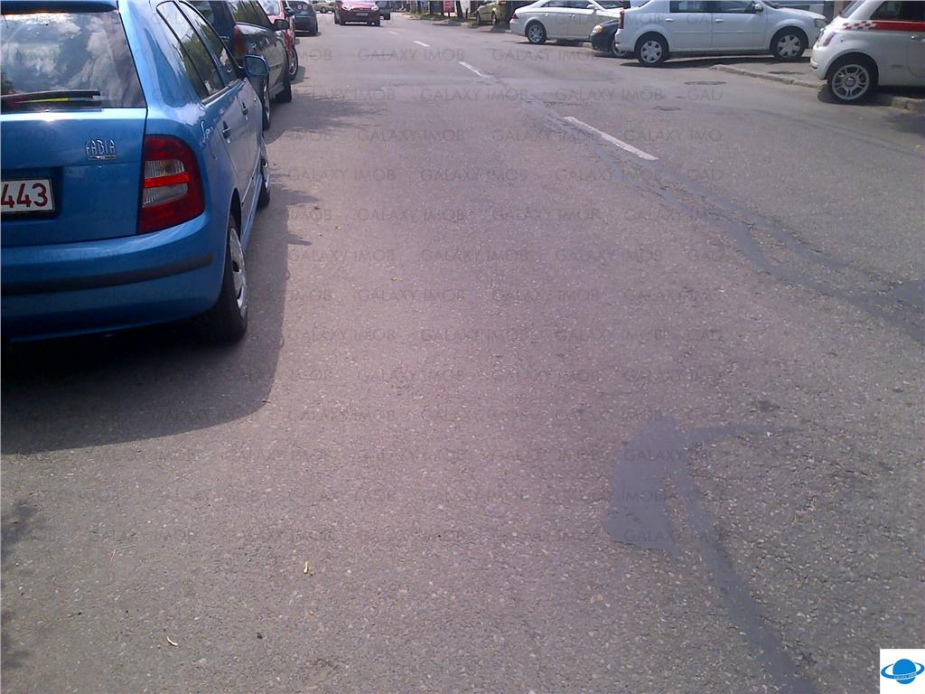 De vanzare teren central Pitesti zona deosebita stradal d=14ml