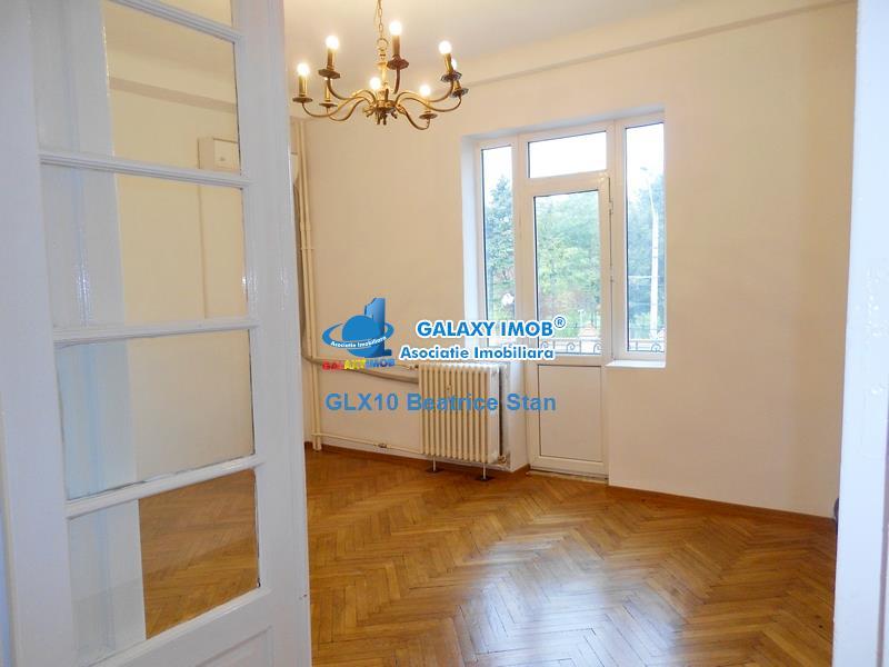 Etaj vila perfect pentru birouri PALATUL COTROCENI / GRADINA BOTANICA