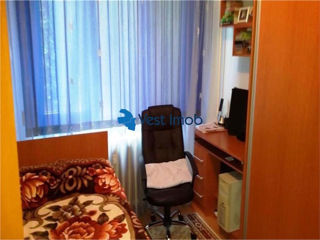 Vanzare apartament 3 camere Tricodava/ Auchan