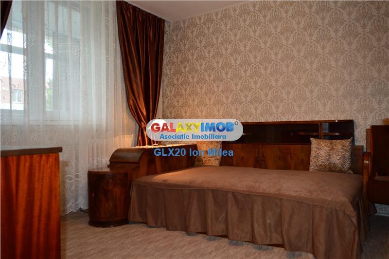 Vanzare  apartament generos   3 camere   Titan Ozana, loc parcare