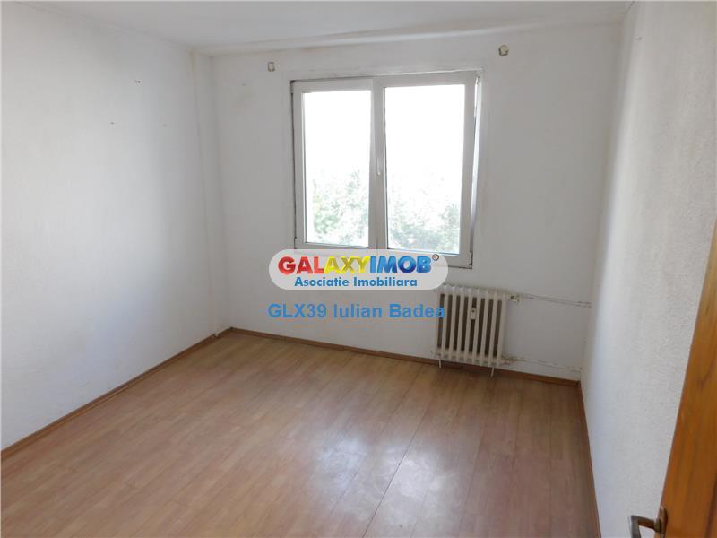 Apartament 2 camere decomandat Nicolae Grigorescu etaj 5/8  Titan