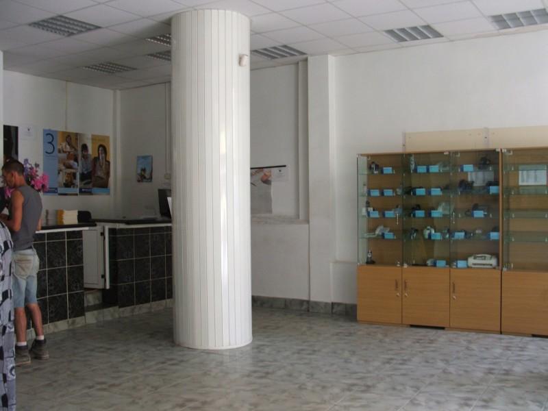 Spatiu comercial, Ramnicu SArat, 650 mp