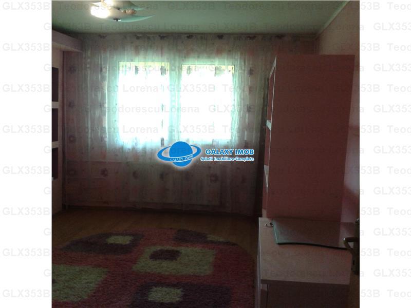 Vanzare apartament cu 4 camere Policlinica Malcoci