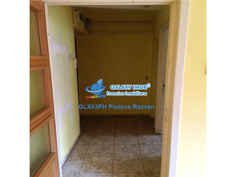 Vanzare apartament, 3 camere, zona Ultracentrala, Ploiesti