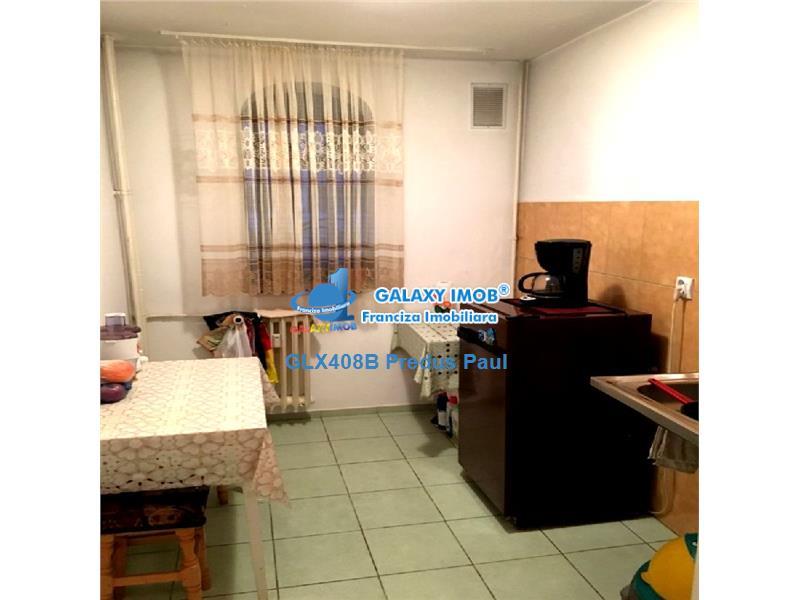 Vanzare apartament 2 camere Obregia