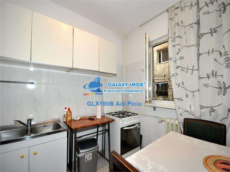 Vanzare apartament cu 3 camere Metrou Tineretului