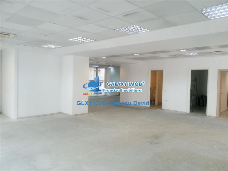 Spatii birouri cu terasa si parcare, Cotroceni, 2 min metrou Eroilor