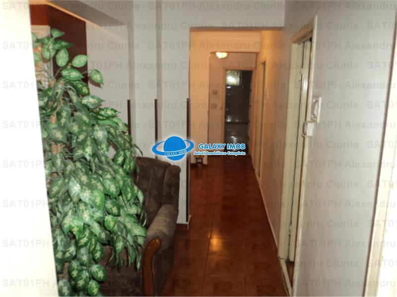 Inchiriere apartament 4 camere in Ploiesti, zona Paltinis