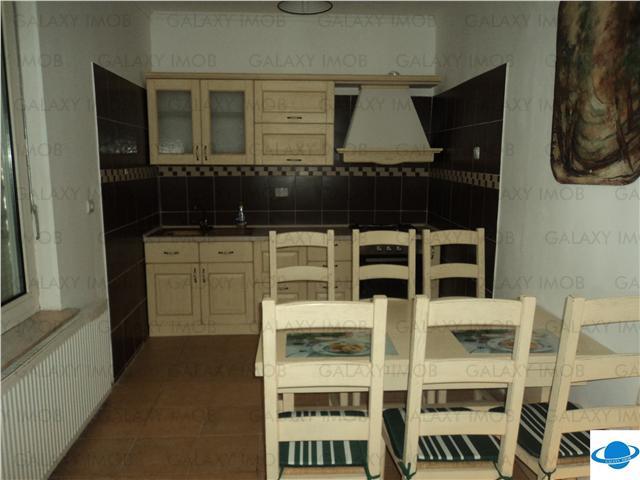 Inchiriere apartament 3 camere lux in vila Banat