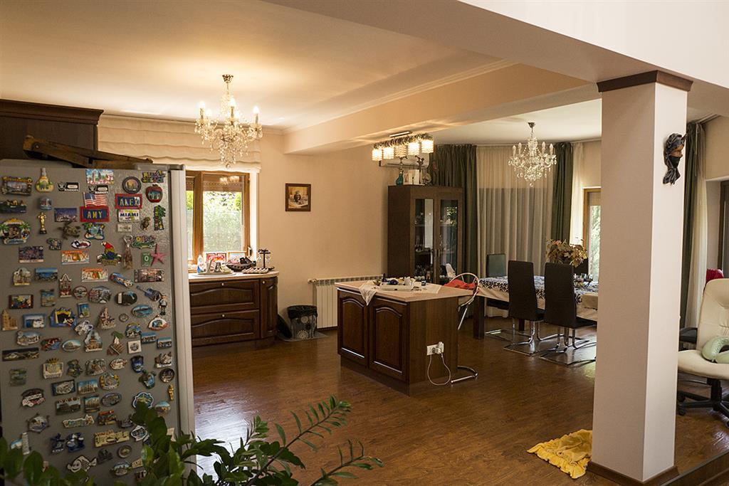Inchiriere vila 5 camere Corbeanca Petresti