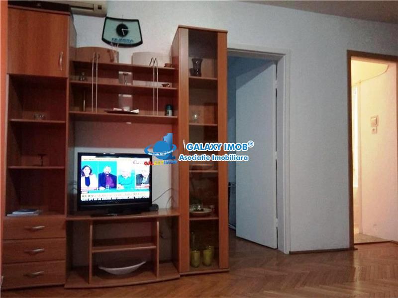Apartament 2 camere, Sala Palatului,Hotel Radisson Blu.Stirbey Voda.