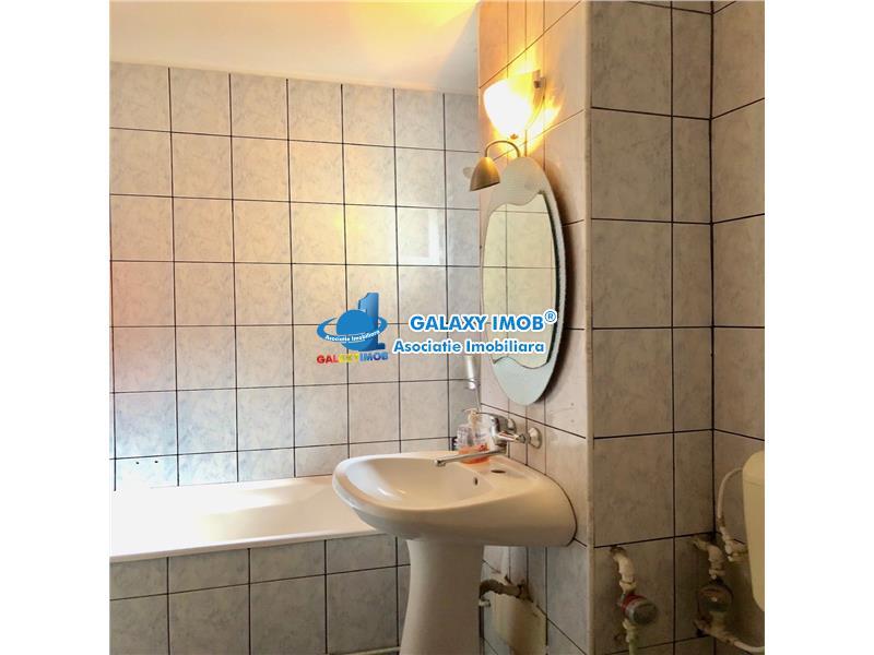 Apartament 2 camere, decomandat, centrala termica, zona E. Vacarescu