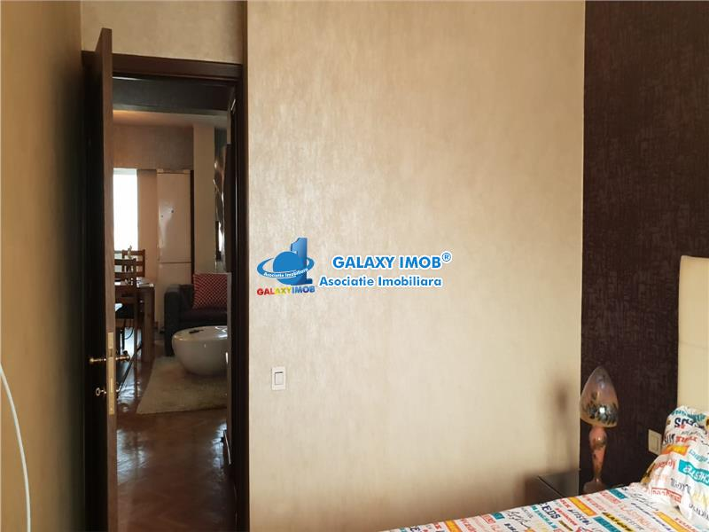 Oferta vanzare apartament 3 camere Ploiesti, zona Ultracentrala.