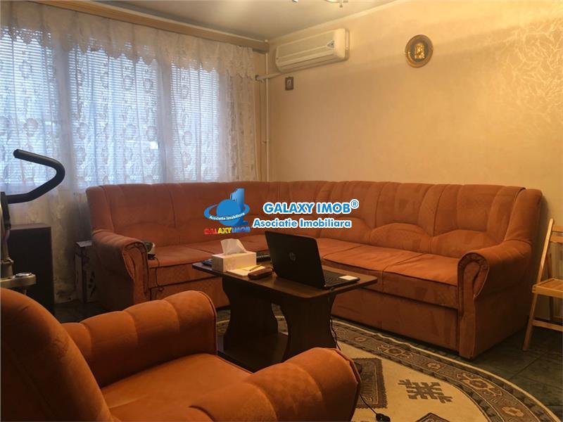 Vanzare apartament 3 camere Drumul Taberei Valea Ialomitei