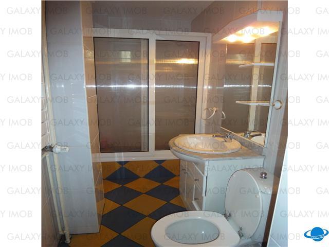 inchiriere 3 camere Calarasilor
