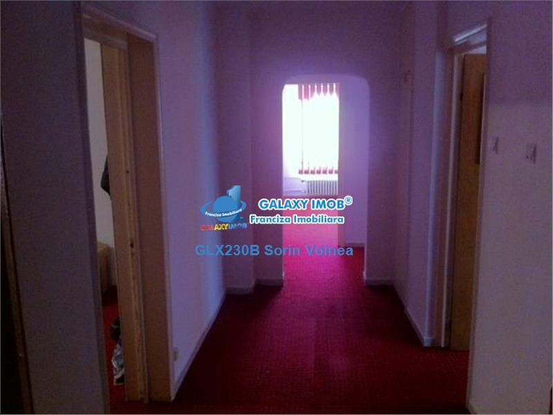inchiriere apartament 4 camere Calea Calarasilor decomandat Video