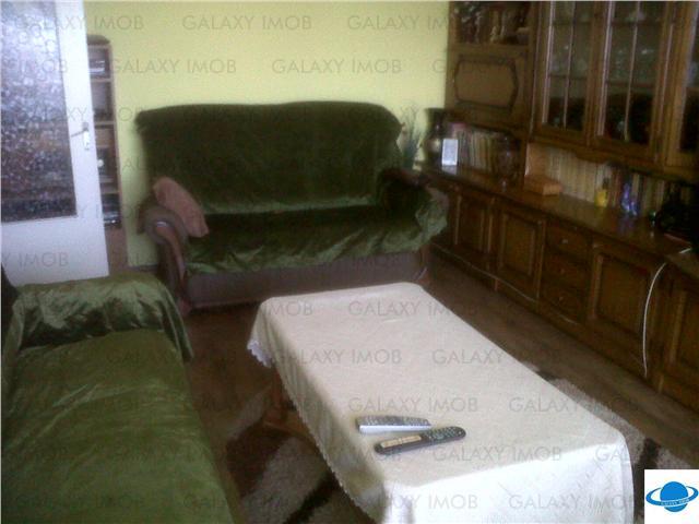 Inchiriere apartament 4 camere B-dul Bucuresti