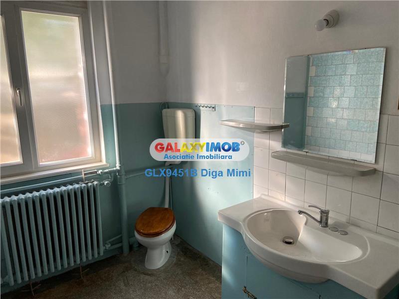 Casa 3 camere de inchiriat zona Cal Calarasilor