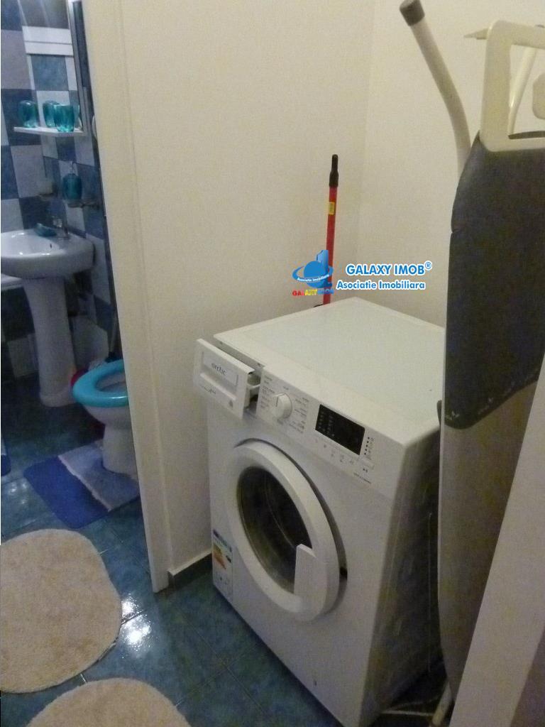 Vanzare apartament 3 camere,centrala proprie, Zona Vest, Ploiesti