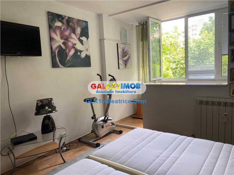 Inchiriere apartament 3 camere decomandat Metrou Constantin Brancusi