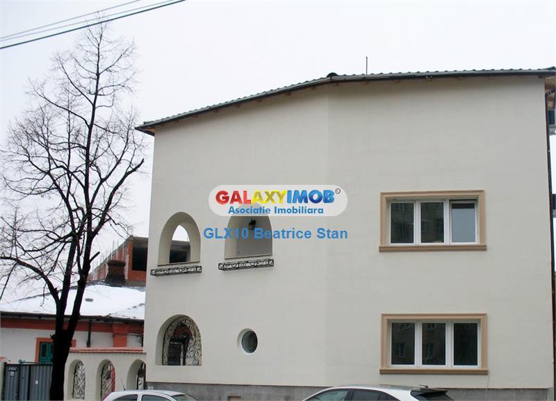 Vila aspectuoasa Piata Crangasi/Pod Grant birouri/cafenea/salon